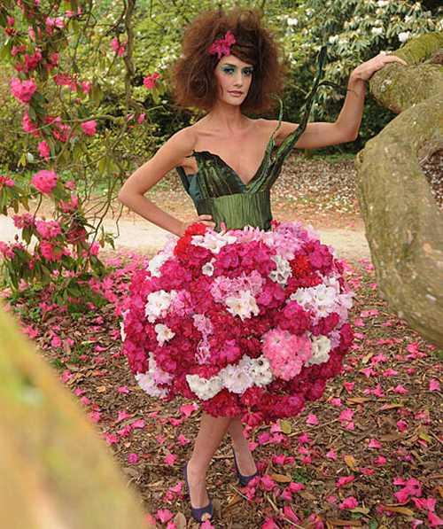 Living Flower Dresses 3